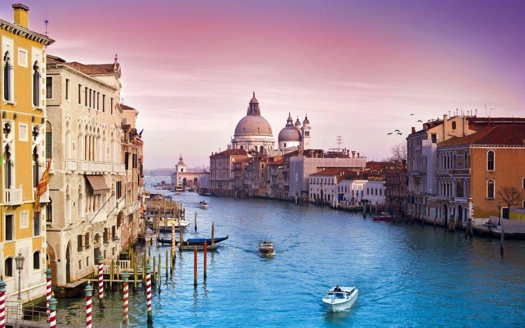 อยากเที่ยวอิตาลี แต่ไม่รู้จะเลือกบริษัททัวร์อิตาลีที่ไหนดี ลองมาเที่ยวอิตาลีกับ Smiley Tour