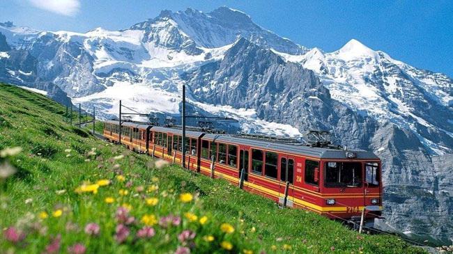 ทัวร์สวิตเซอร์แลนด์ ราคาถูก กับ H.I.S.